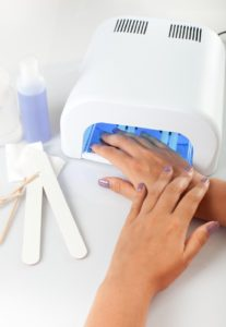 UV-Gel-Manicure-Nails